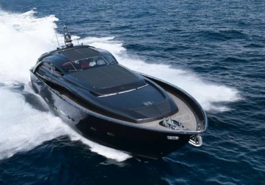Итальянская яхта Pershing Pininfarina: на скорости