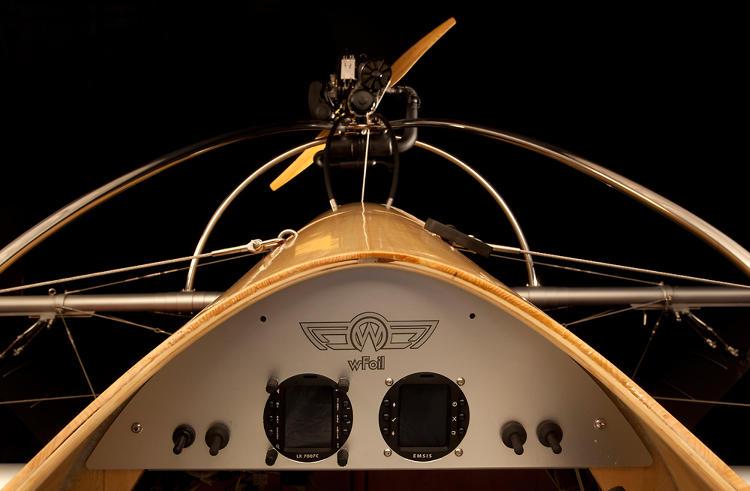 Выставочная модель крылатой лодки wFoil Albatross
