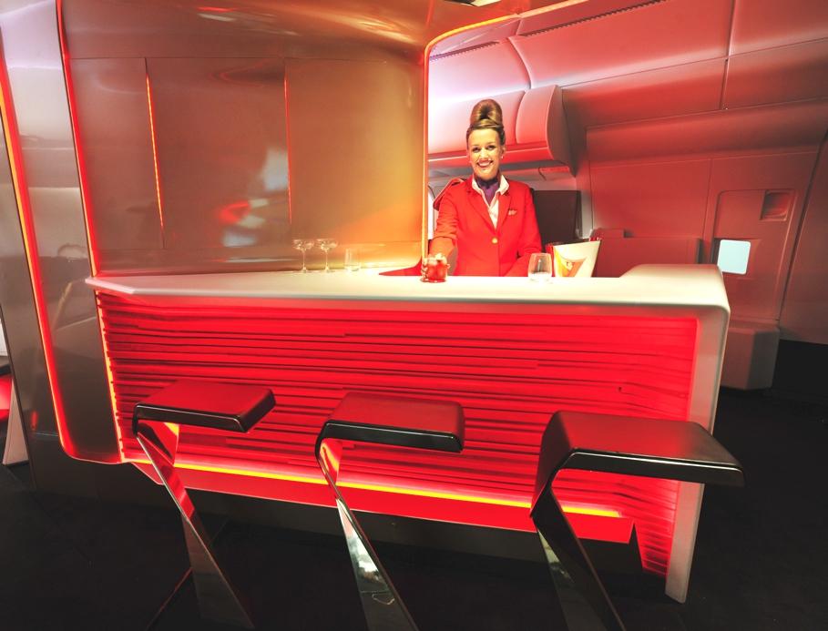 Проект футуристического бара в самолёте - фото 1