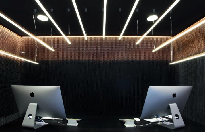 Дизайн стойки администратора в интерьере салона красоты