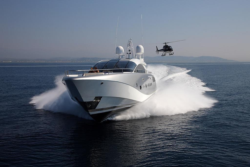 Элитная скоростная яхта Shooting Star по проекту Espen Øino
