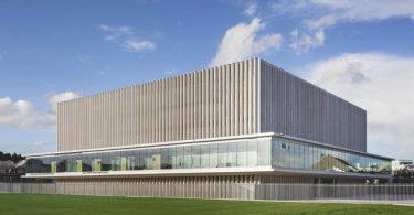 Свет, комфорт и безопасность олицетворяют проект зала суда в Кане