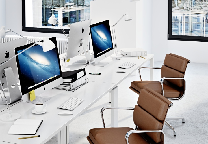 Стильный белый интерьер офиса RD