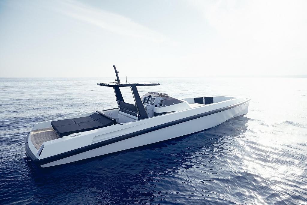 Роскошная прогулочная яхта WALLY//ONE обеспечивает максимальный комфорт