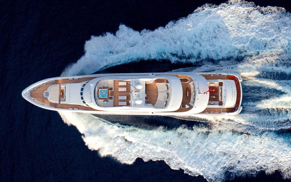 Белая роскошная яхта Satori от Heesen