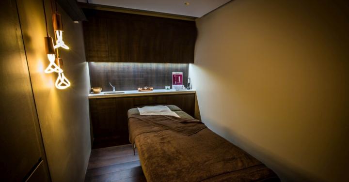 Интерьер кабинета массажа