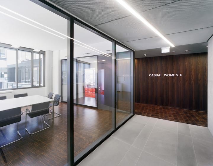 Главный офис s. Oliver от KSP Jürgen Engel Architekten, Роттендорф – Германия