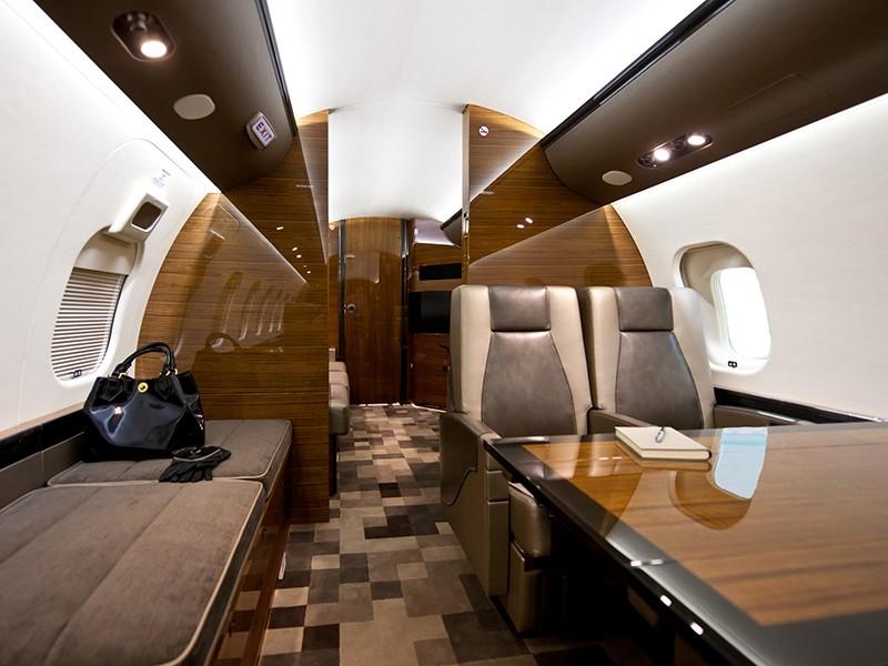 Роскошный самолёт бизнес-джет Bombardier Global 6000 - фото 5