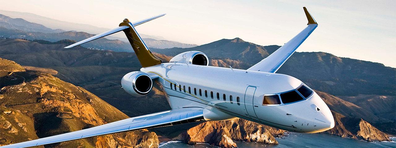 Самолёт чартер Private Jet Charter в воздухе