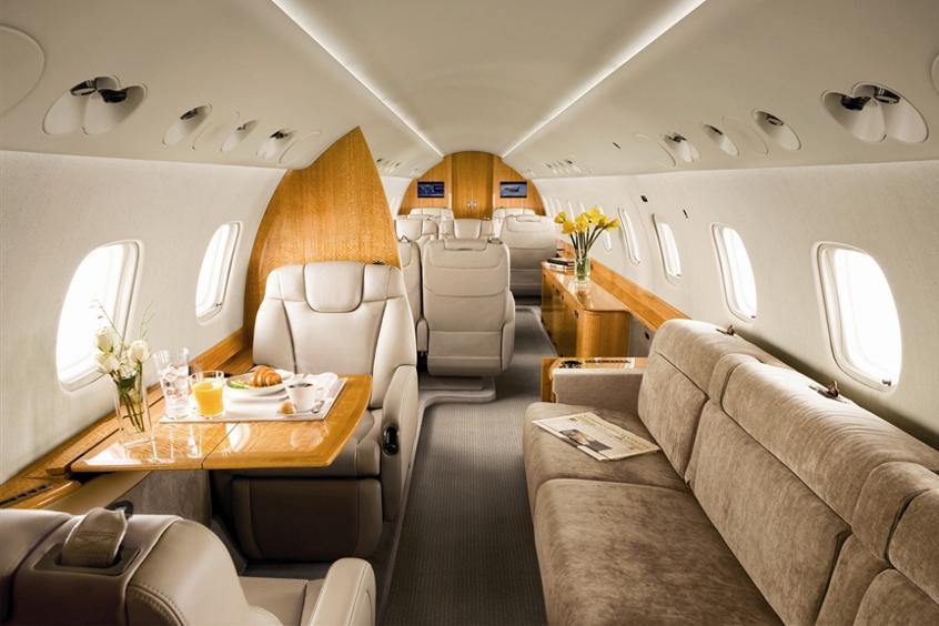 Самолёт чартер Private Jet Charter: роскошный салон