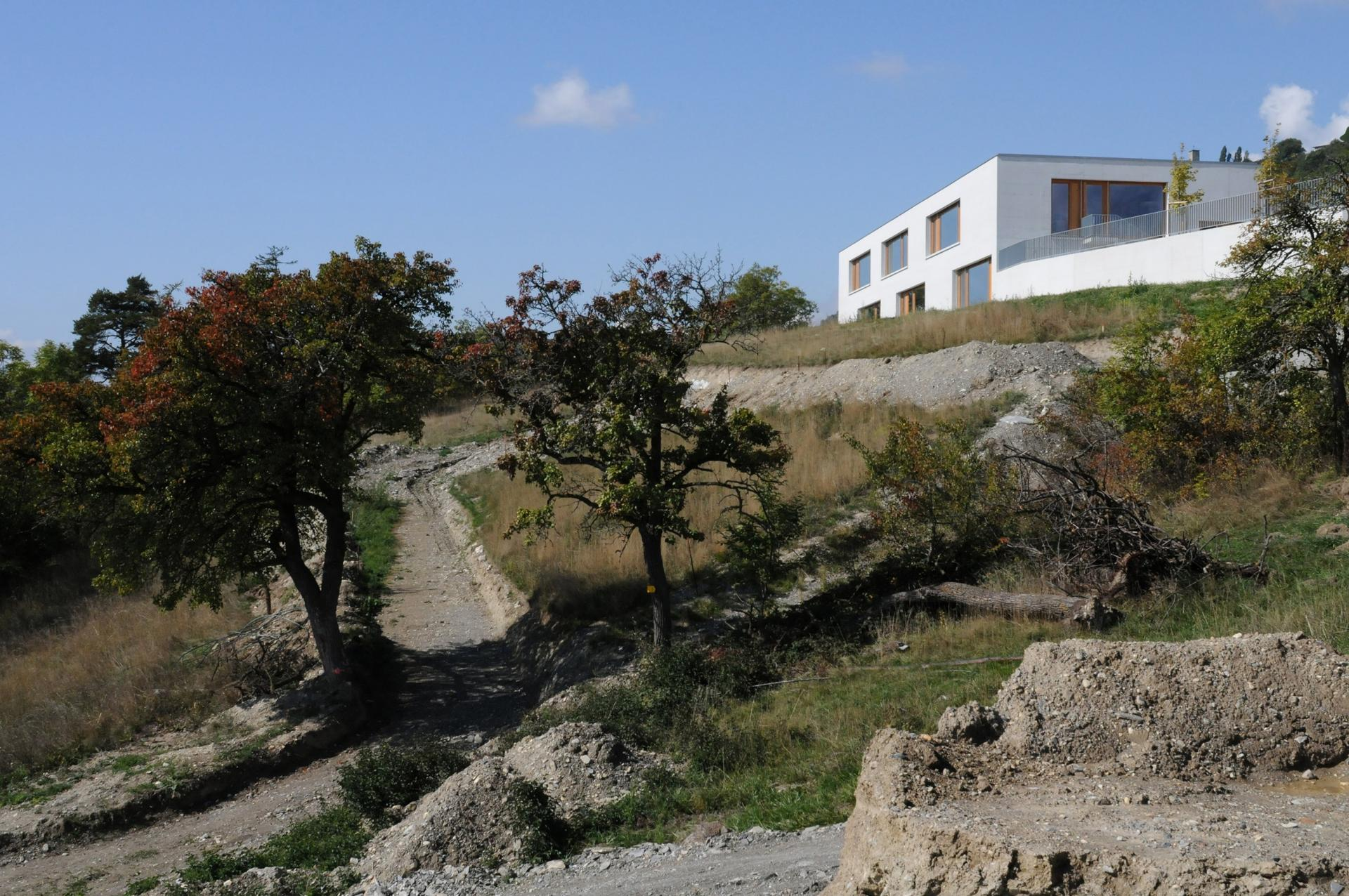 Школа в Швейцарии отинженерного агентства Frei Rezakhanlou