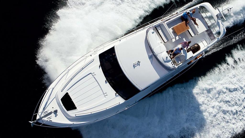 Шикарная яхта Princess 60 - фото 3
