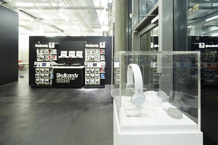 Офис Skullcandy от дизайнеров Hugo Helene и Arthur Chatelperron