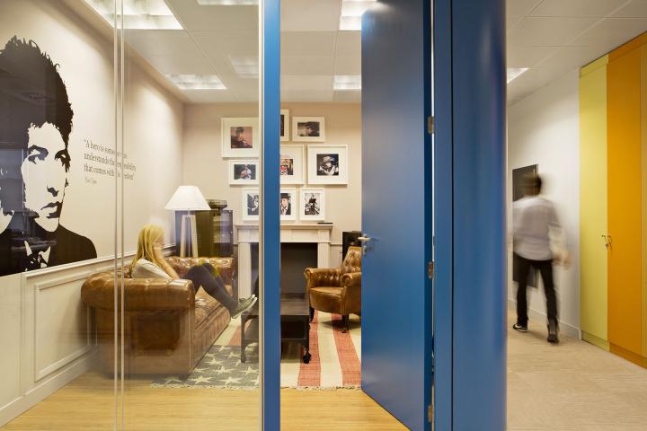 Дизайн интерьера офиса Sony Music HQ в Испании