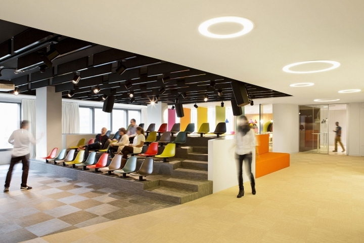 Зал для мероприятий в офисе Sony Music в Мадриде