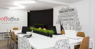 Совместное рабочее пространство офиса в Польше