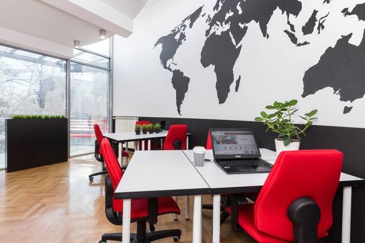 Совместное рабочее пространство: овальный кабинет