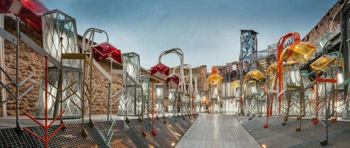 Современная галерея: яркие элементы экспозиции