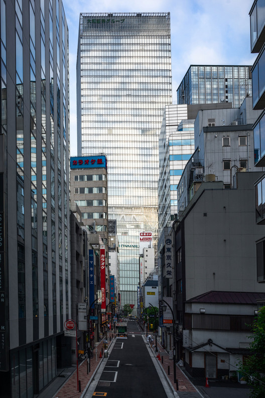 Вид на башни Токио