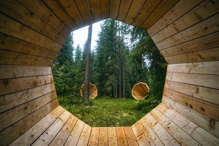 Cовременные дизайнерские решения деревянной библиотеки