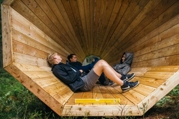 Дизайн деревянного конуса для отдыха - Фото 1
