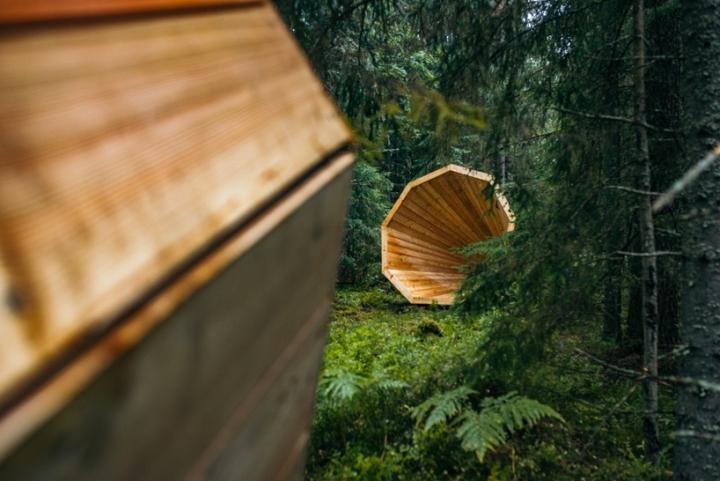 Конусообразная форма деревянных конструкций