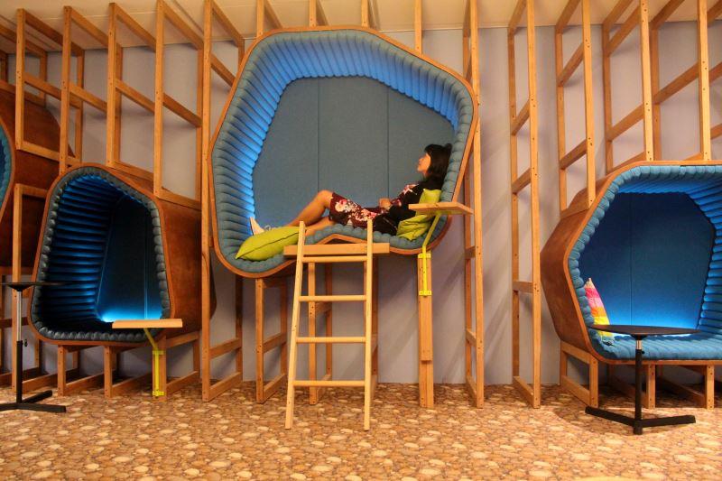 Необычные места для отдыха в офисе: мини-комната для сна