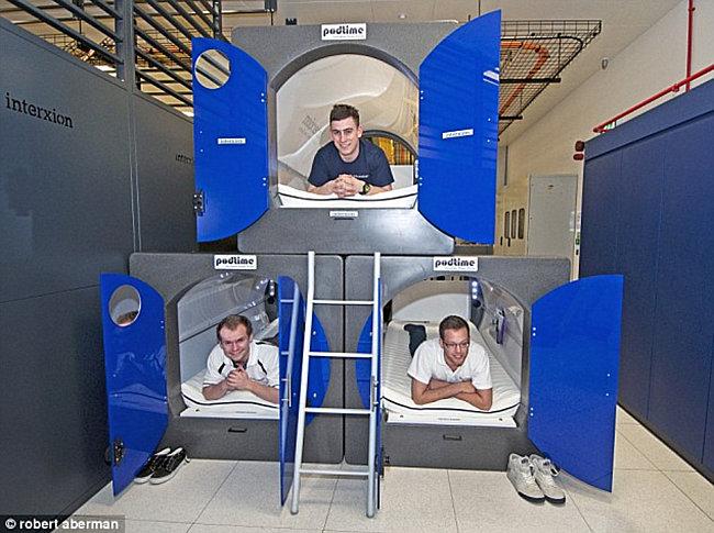 Необычные места для отдыха в офисе: капсулы для сна в Лондоне