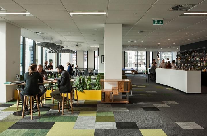 Создание интерьера офиса в Окленде, Новая Зеландия: панорамные окна