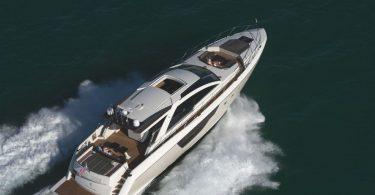 Стильная скоростная яхта Alpha 76 Express от Luiz de Basto