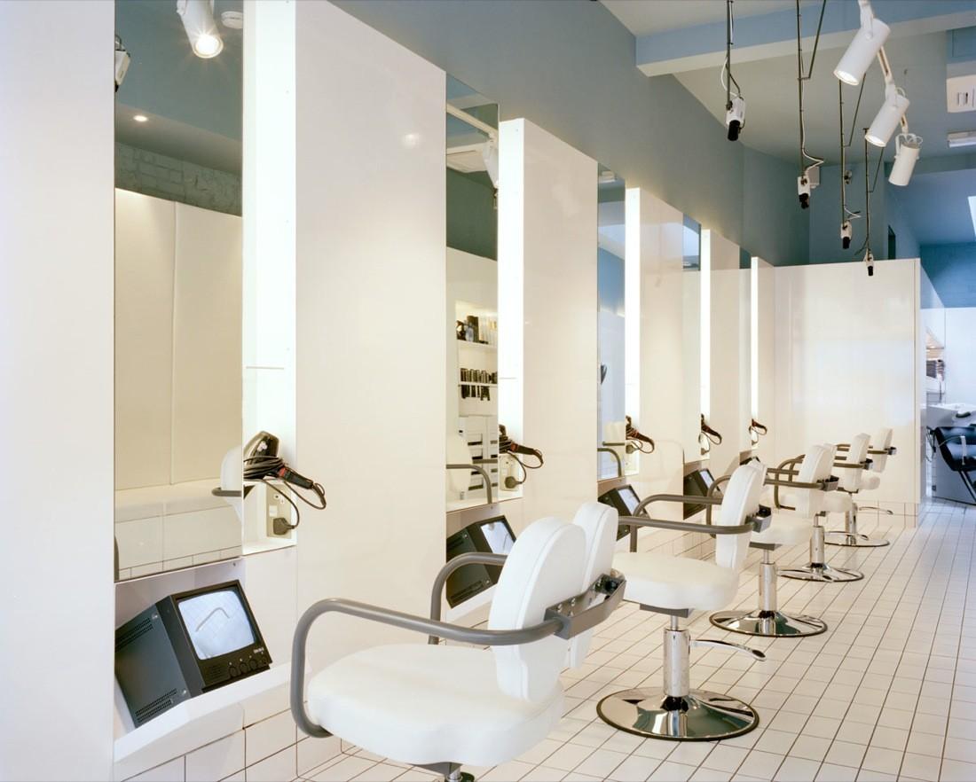 Необычный дизайн парикмахерской в Лондоне
