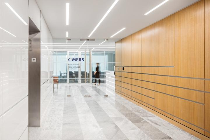 Стильный интерьер офиса штаб-квартиры частного пенсионного фонда Omers