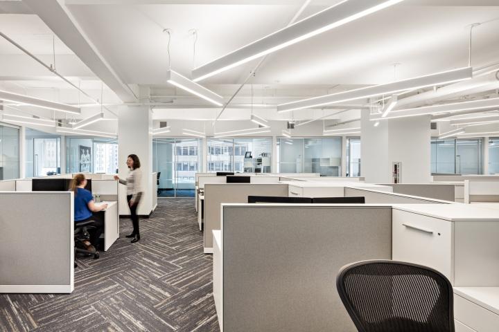 Стильный интерьер офиса: рабочая зона