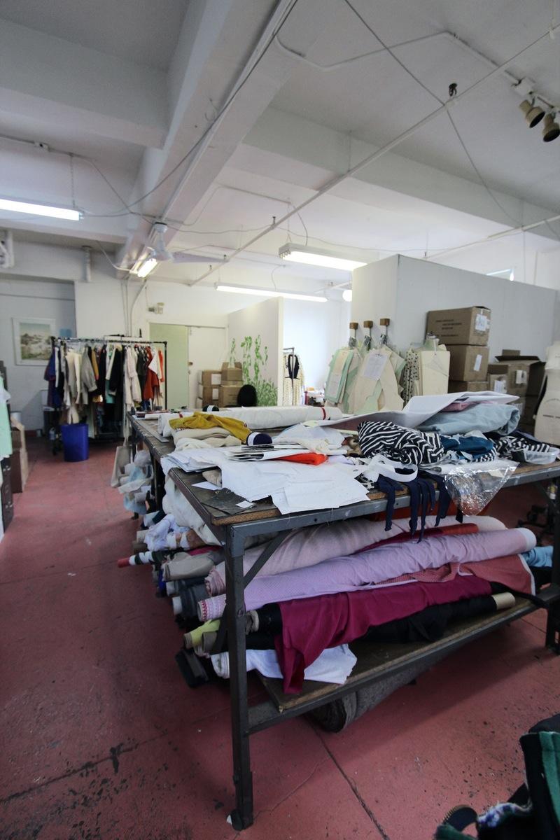 Студия дизайна одежды: акцент в декоре сделан на практичность в работе