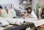 Студия дизайна одежды со светлым оформлением