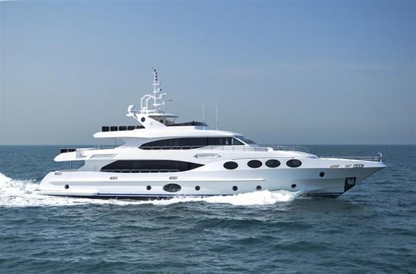 Суперяхта Majesty 125 может разместить на борту 10 пассажиров