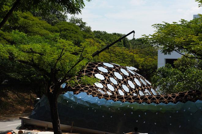 Оригинальная библиотека-павильон в Университете города Сингапур