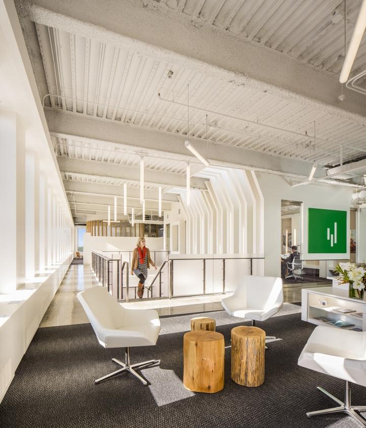 Современный светлый офис в Атланте, Джорджия, США: необычный дизайн