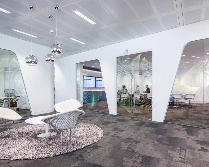 Элегантный дизайн офиса Swarovski - Фото 2