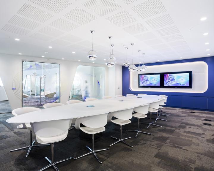 Элегантный дизайн офиса Swarovski - Фото 3