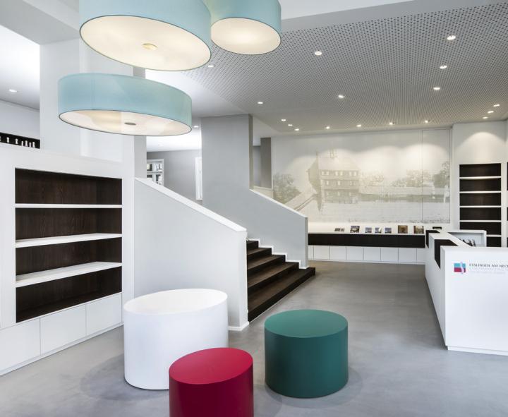 Туристическое информационное бюро в Эслингене, Германия