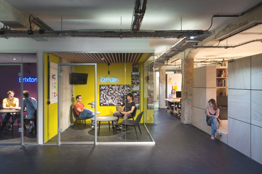Комната отдыха для персонала в офисе компании SoundCloud в Берлине