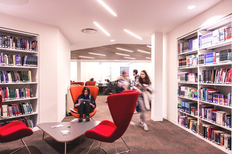 Место для изучение литературы