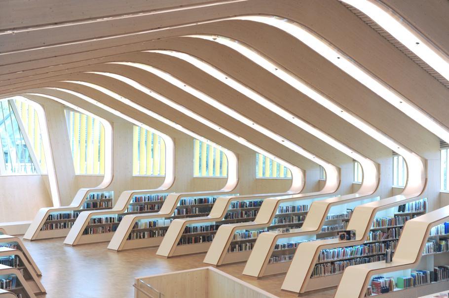 Деревянная футуристическая библиотека в Норвегии
