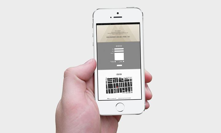 Мобильный телефон в руке