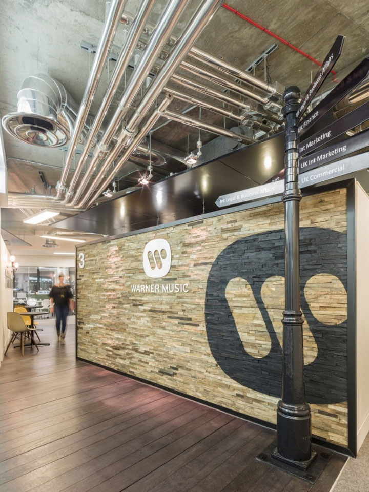 Офис Warner Music