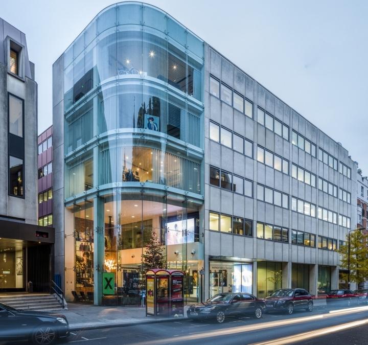 Здание офиса Warner Music