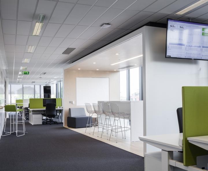 Оформлением офиса занималась архитектурная студия Blitz
