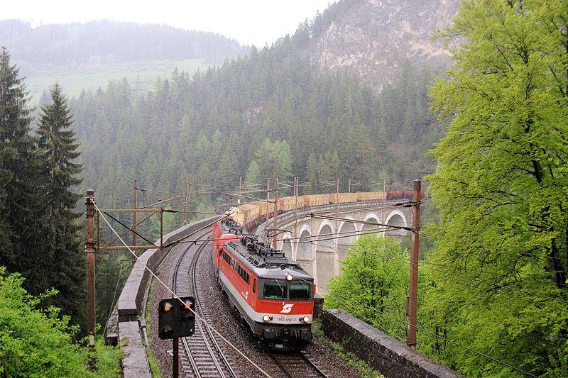 Железная дорога в Альпах: 150 лет